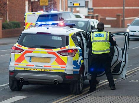 警员:巡逻和危急意识